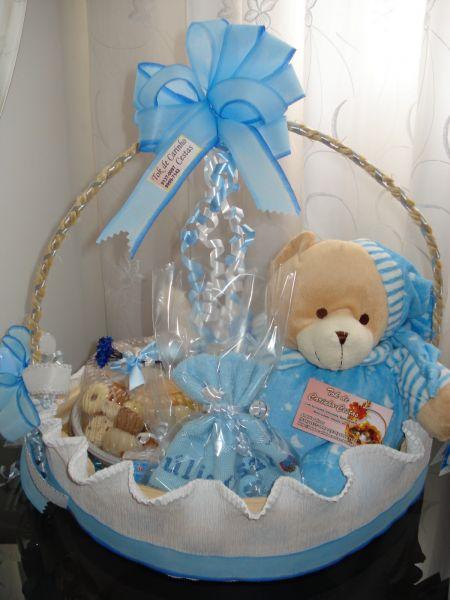 Cesta maternidade rosa ou azul desejos realizados rj - Cestas de mimbre para bebes ...